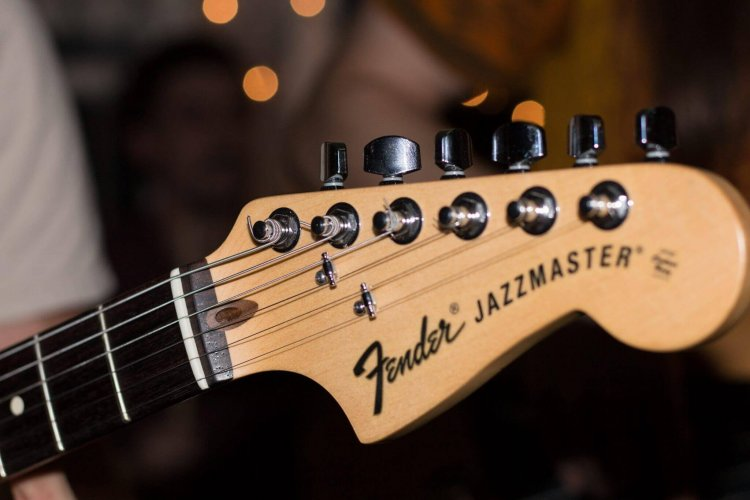 5 Best Jazz Guitar Pickups For 2019