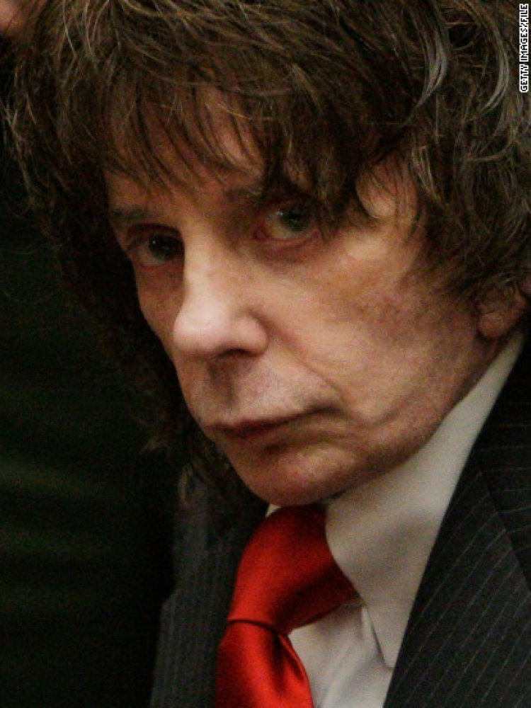 Producer and convicted murderer Phil Spector dies