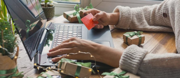 4 online shopping hacks you can master before the holidays