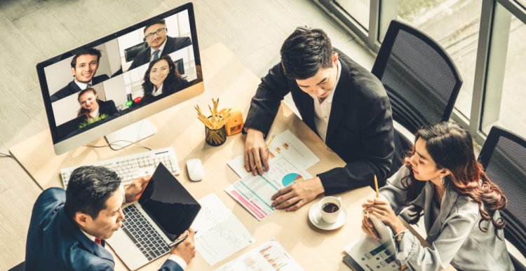 How to showcase your professionalism in a virtual world