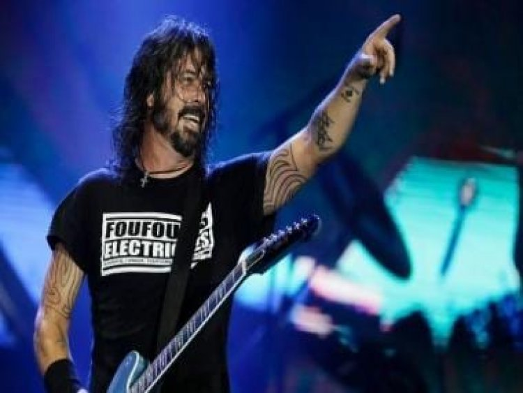 Dave Grohl's memoir The Storyteller to be released in October 2021; will trace his prolific musical journey