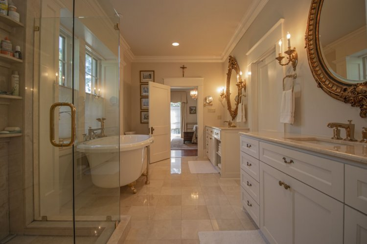 Some Tips When Renovating Your Current Bathroom