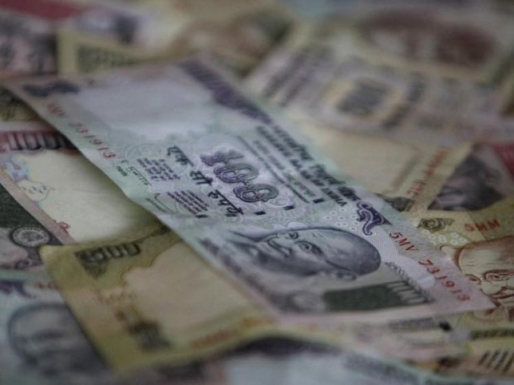 Rupee recovers 15 paise to 75.37 on weak dollar, lower crude prices